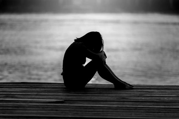 magány és egyedüllét